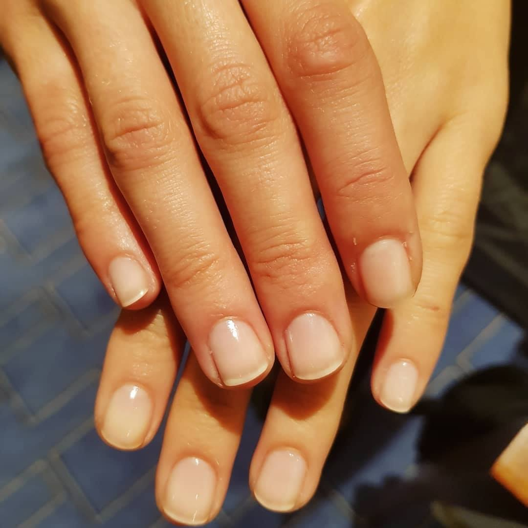 Marie-Louise Coster nude nails fashion week SS19