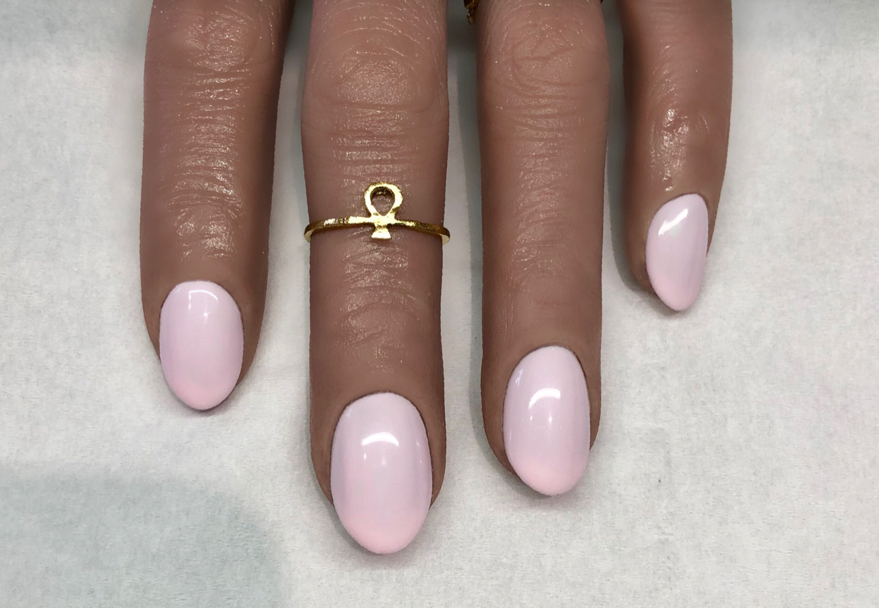 Salon System Gellux Breast Cancer Awareness Month Nails