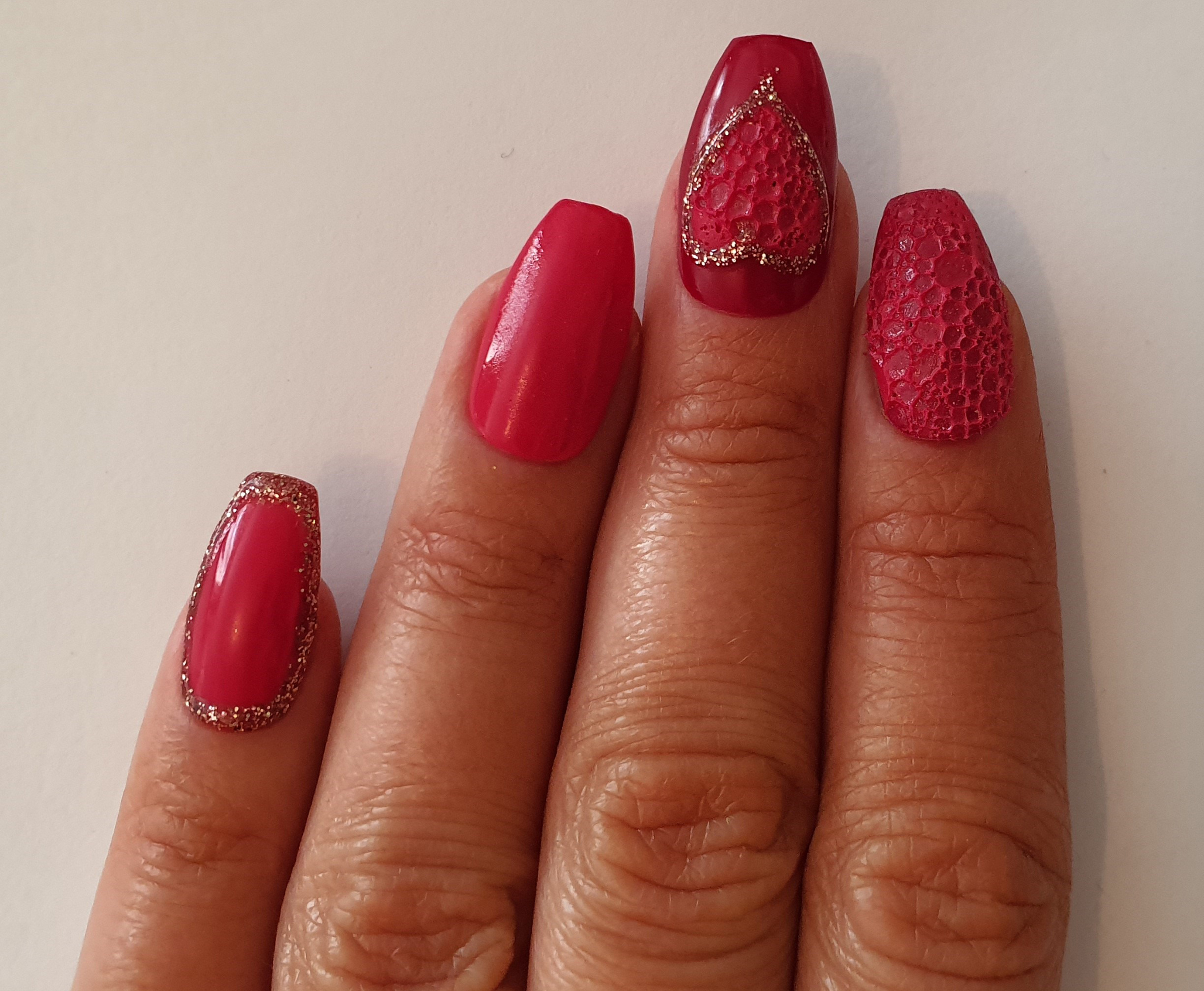 Feel the love with Salon System Nail expert Karen Louise's Valentine's-inspired nail art design